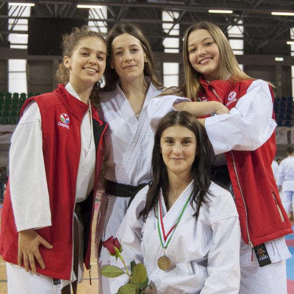 budokan karate ragazze in gara