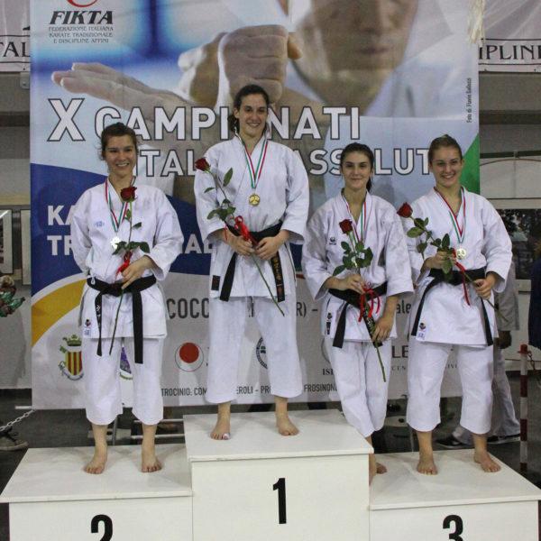 budokan karate vera guida podio kumite