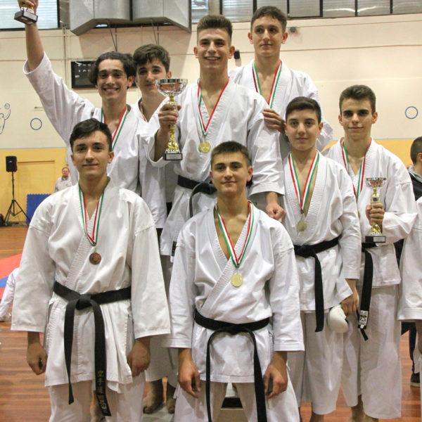 camp_region_2019_squadra maschile a sx