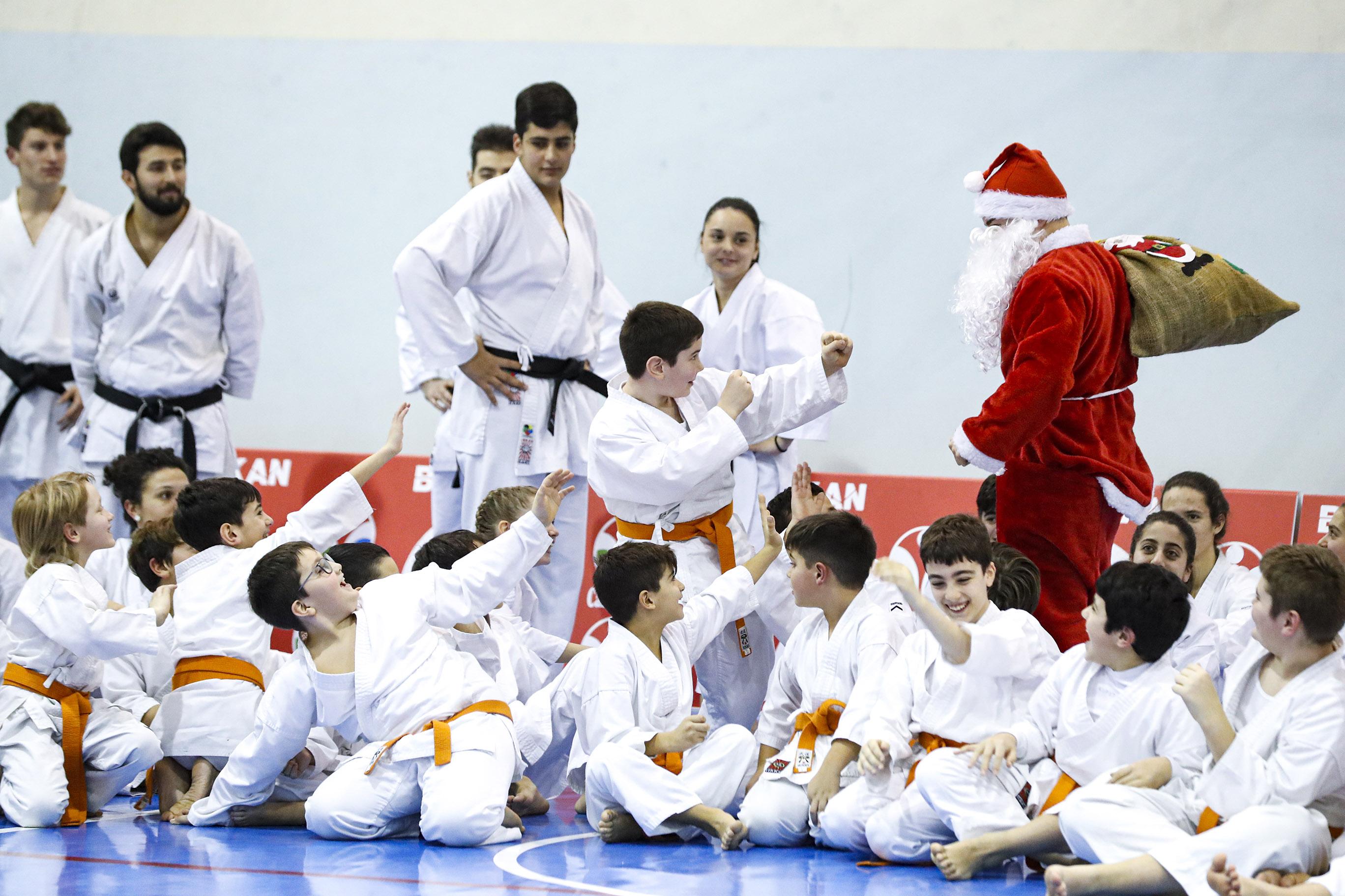 Natale_Budokan_babbo natale